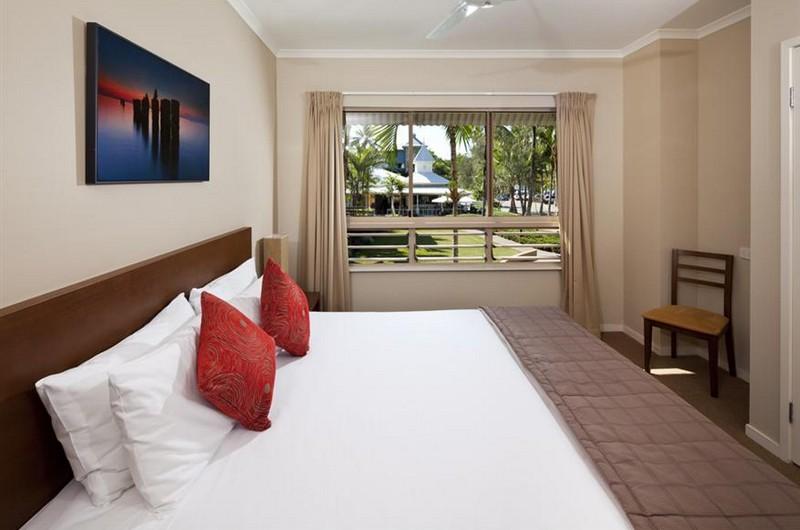 mantra-amphora-hotel-room1-t22790